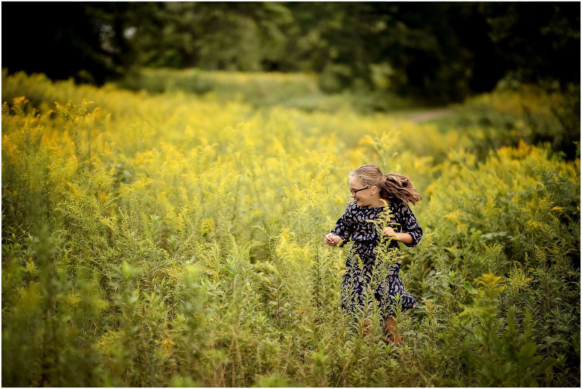 cincinnati family photographer Samantha sinchek pictures at golf course in amberly, ohio