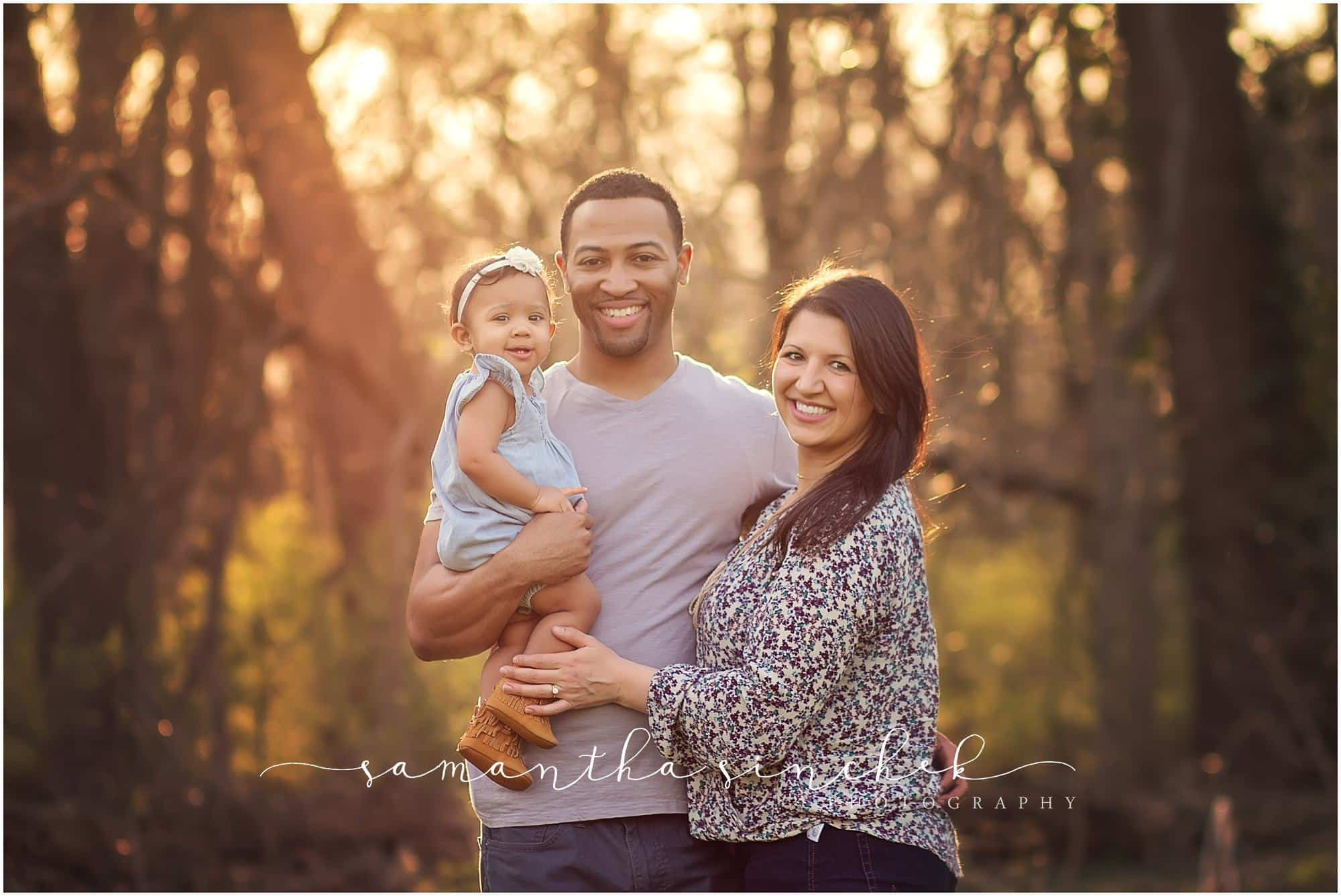 family poses at Sharon Woods photo session with Sinchek Photography Cincinnati best family photographer