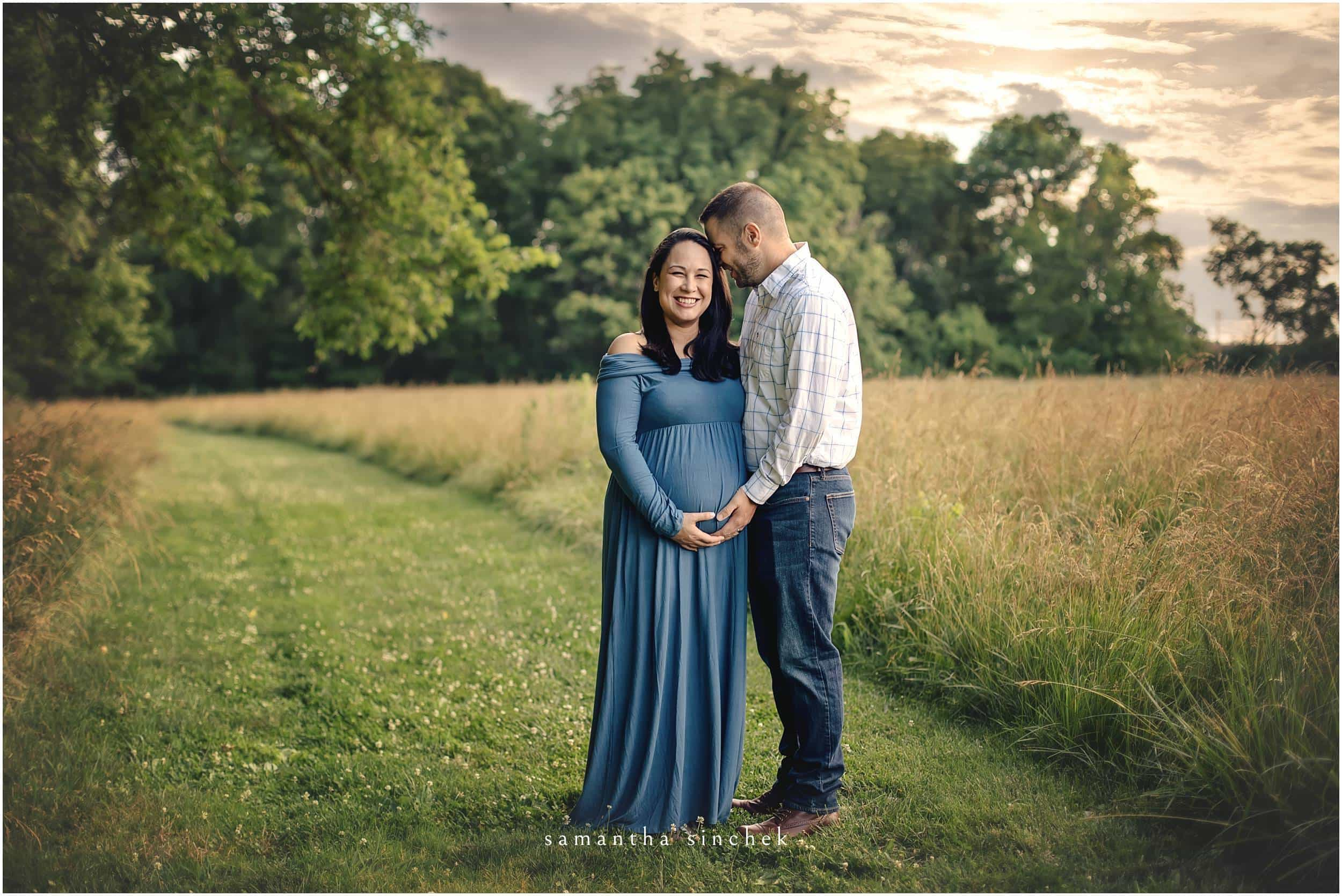 maternity pictures at sharon woods with samantha sinchek photography of CINCINNATI Ohio