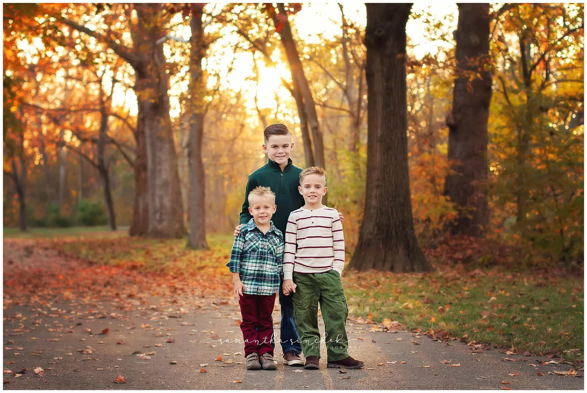 cincinnati family photographer samantha sinchek photography at sharon woods with the cripe family