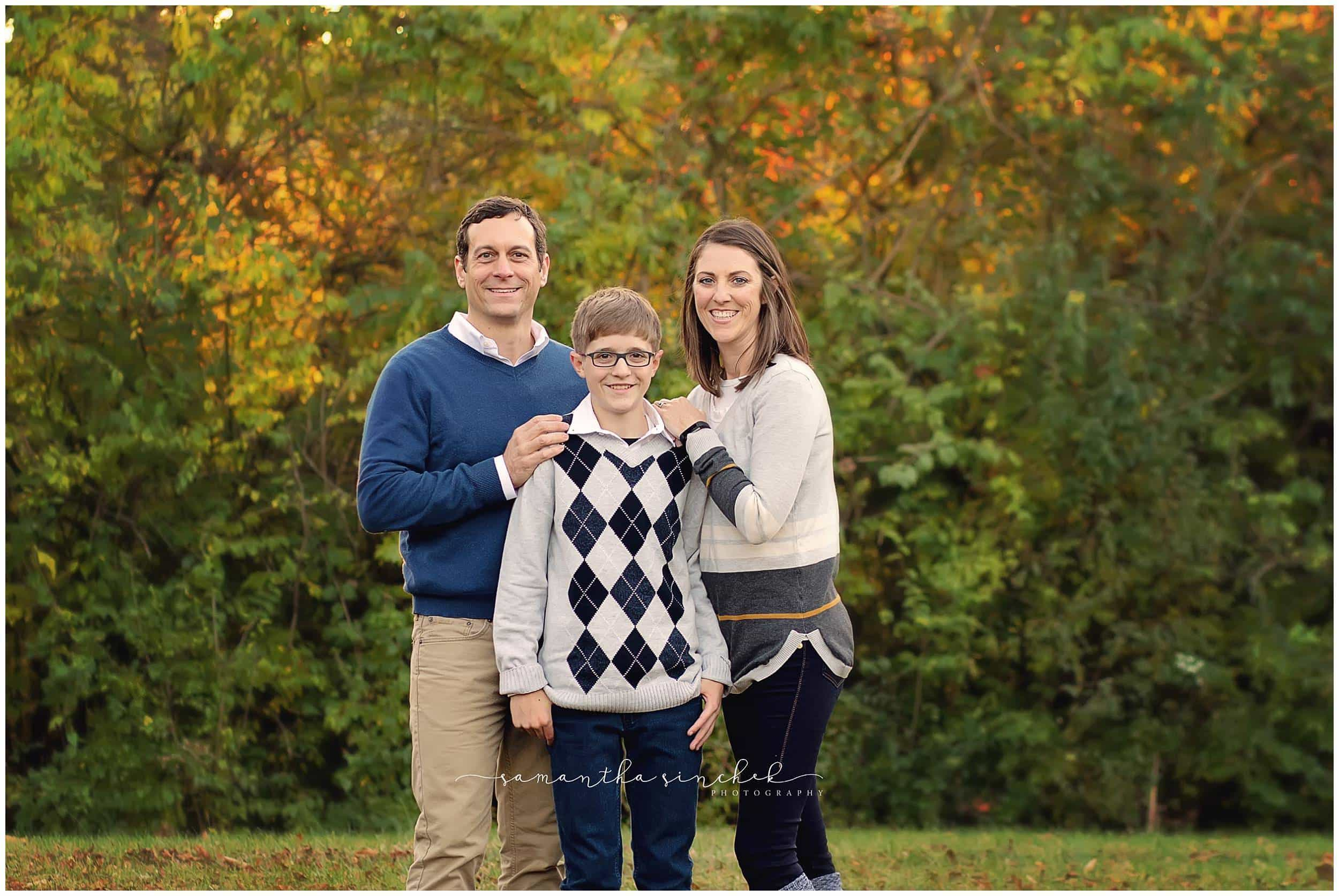top rated cincinnati photographer sinchek at harbin park extended family session