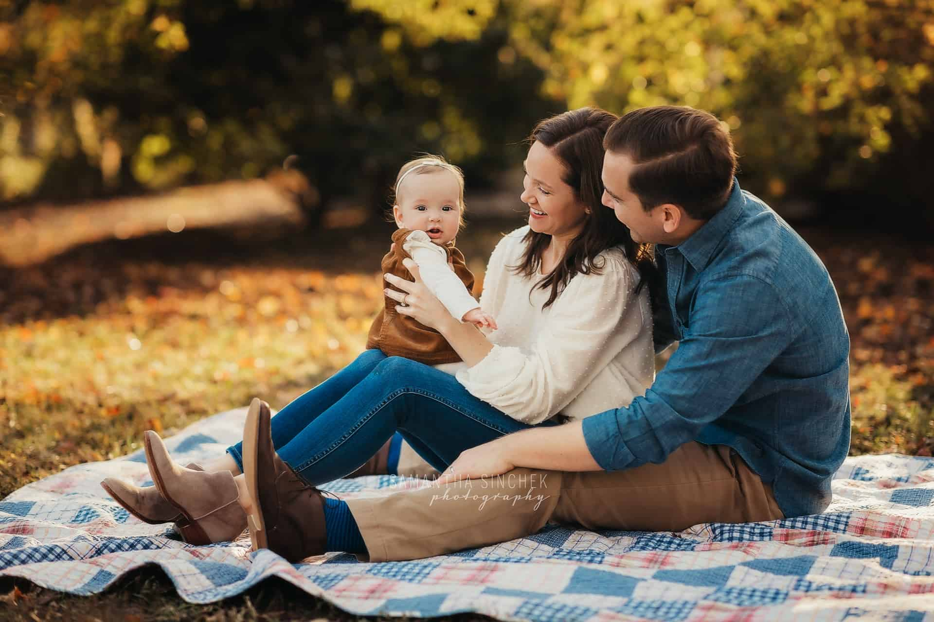 family session at Glenwood gardens with photographer Samantha Sinchek